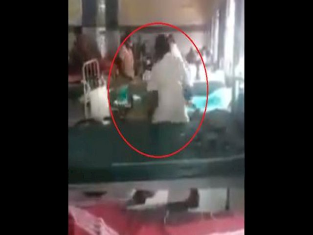 Medical negligence: Healthcare worker forcibly drags patient out of a wheelchair