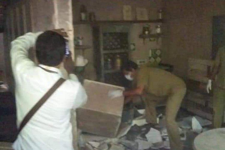 कंगना के दफ्तर में चल गया BMC का बुलडोजर, टूट गया ऑफिस, देखें तस्वीर