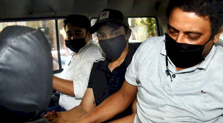 Sushant Singh Rajput : शोविक और मिरांडा ने रिया को लेकर किया बड़ा खुलासा, #Rhea की भी हो सकती है गिरफ्तारी