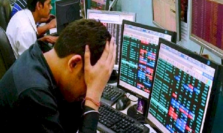 Share market: शेयर बाजार में मचा कोहराम- सेंसेक्स 1000 अंक टूटा, निवेशकों के डूबे 3.3 लाख करोड़