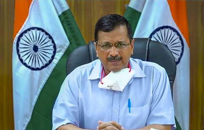 दिल्ली CM की बढ़ी आफत, केंद्रीय मंत्री ने लगाया आरोप, कहा- तिरंगे का अपमान कर रहे हैं केजरीवाल