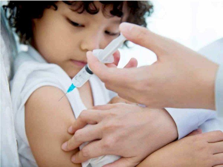 दुनिया के इस देश ने सबसे पहले लगाई 2 साल के बच्चों को Corona Vaccine, 11 साल तक के बच्चों को यहां लगने लगा टीका