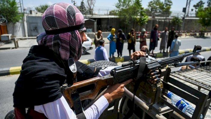 पाकिस्तान को लेकर शुरू हुआ प्रदर्शन, तालिबानियों ने की फायरिंग, आइएसआइ के खिलाफ लोगों में गुस्सा