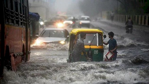 Delhi Rain Update : दिल्ली में सितंबर की बारिश तोड़ने को है 121 सालों का रिकार्ड, जानिए कितनी हुई बारिश